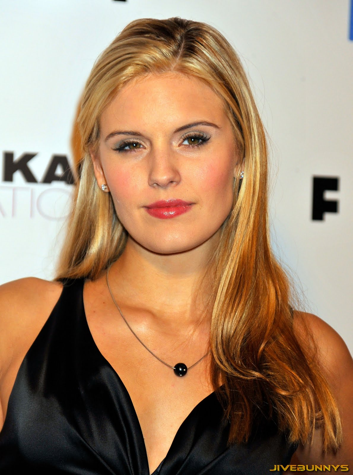 Maggie Grace special pictures (13) | Film Actresses