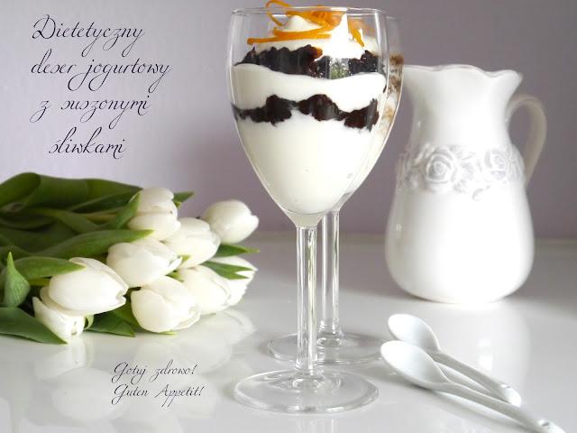 Dietetyczny deser jogurtowy z suszoną śliwką - Czytaj więcej »