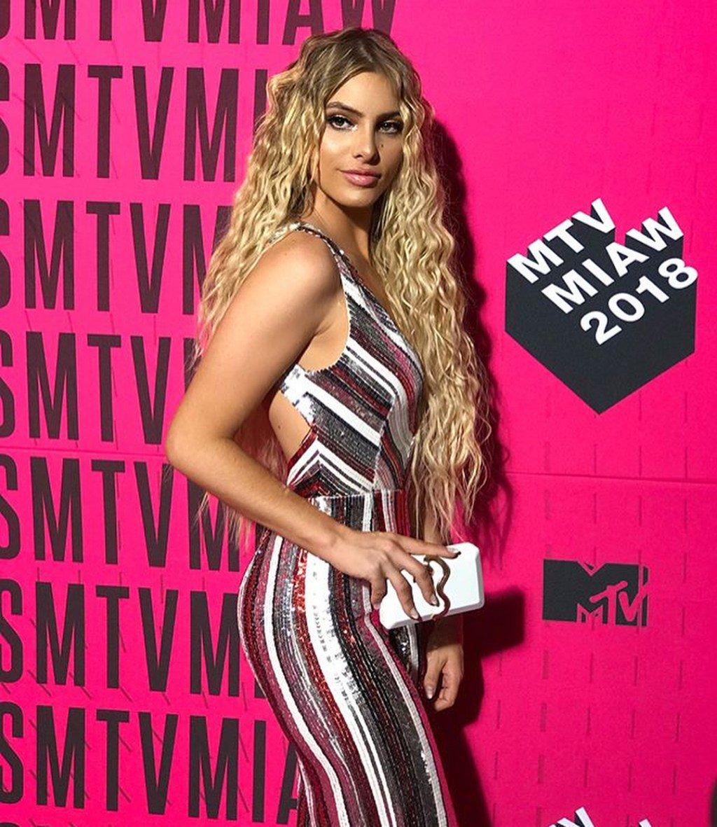 Lele Pons, MTV Miaws, 2018, alfombra rosa