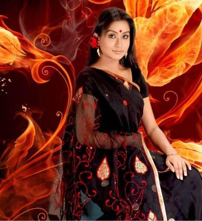 Lux Channel I Star Zakia Bari Momo