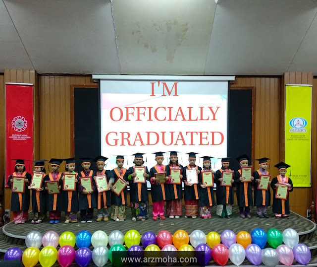hari graduasi, graduation day, tadika azzahra, majlis graduasi tadika azzahra kids 2019, tadika dengan day care, graduasi tadika dengan jagaan harianm, kids graduation day, kanak-kanak graduasi, im officially graduated,