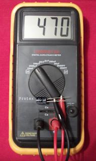 Capacimetro digital.