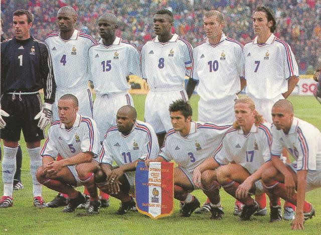 Formación de Francia ante Chile, amistoso disputado el 1 de septiembre de 2001