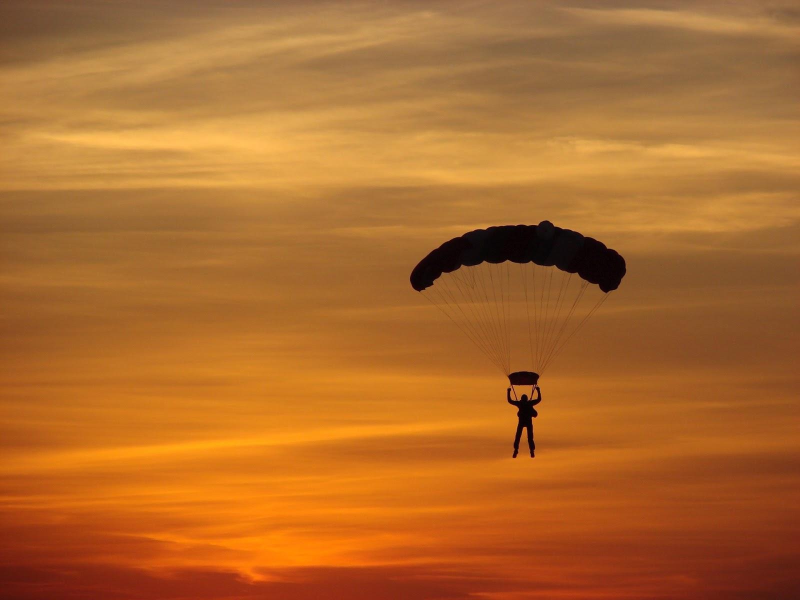 """Результат пошуку зображень за запитом """"стрибок з парашутом"""""""