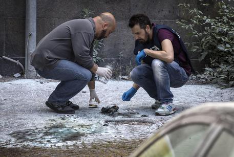 Roma, due esplosioni vicino ad un ufficio postale seminano il panico, si segue la pista anarchica
