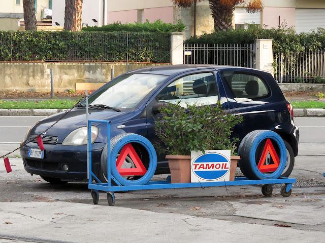 Gas station, Viale Petrarca, Livorno