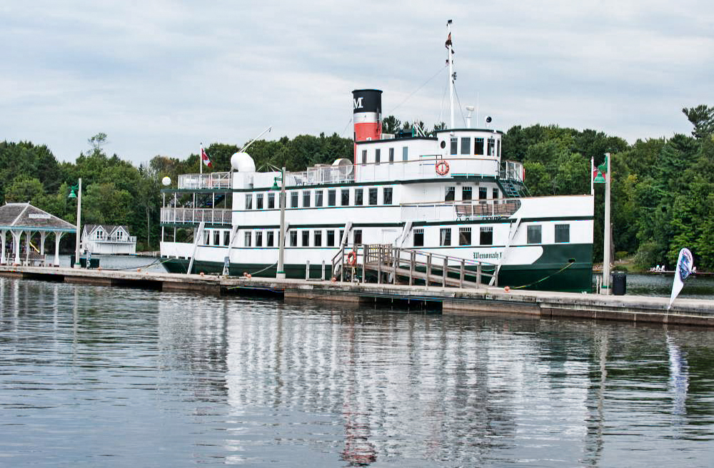 Sideview of the Winonah cruise ship docked at the wharf in Gravenhurst.