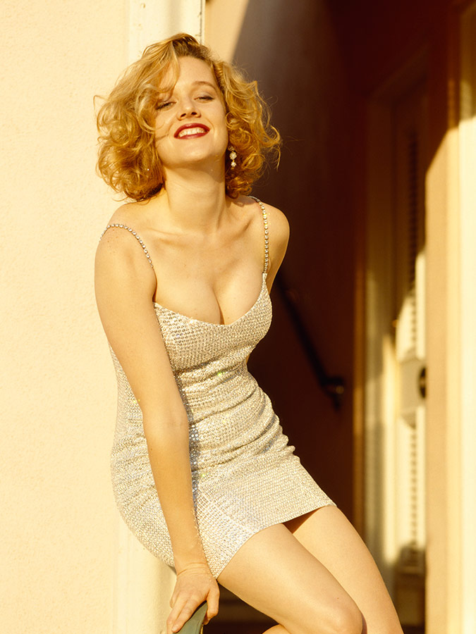 Contra OReilly: On 90s Actress, Penelope Ann Miller