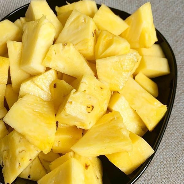 Buah nanas untuk mix jus