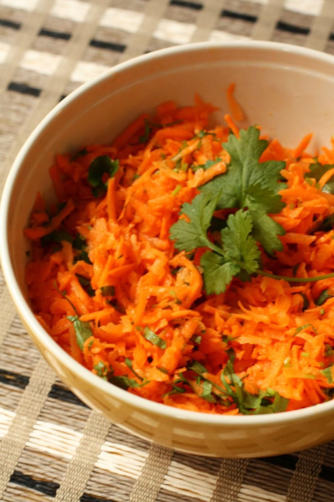 aasialainen porkkanasalaatti