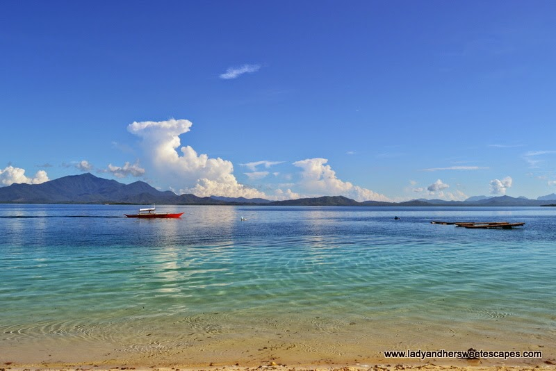 the glorious blue waters of Honda Bay in Palawan