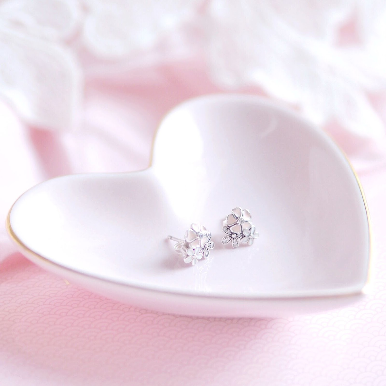Pandora Poetic Blooms Earrings | What I Got Treated To On Christmas Day