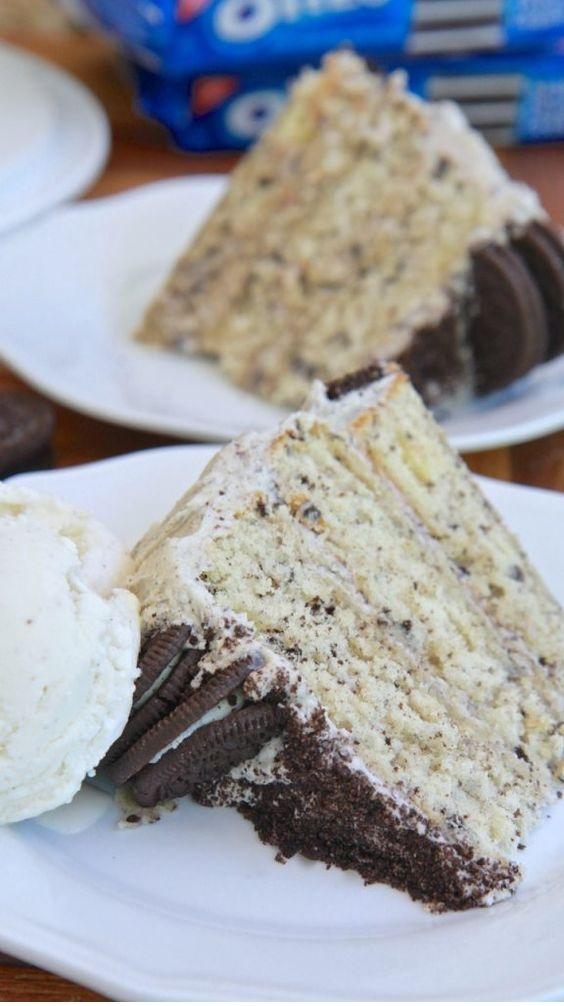 Cookie & Cream Cake