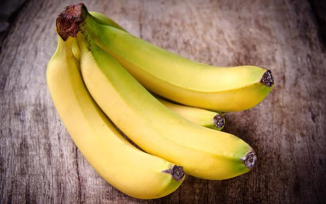 Banana Fruit Wallpaper HD Pictures
