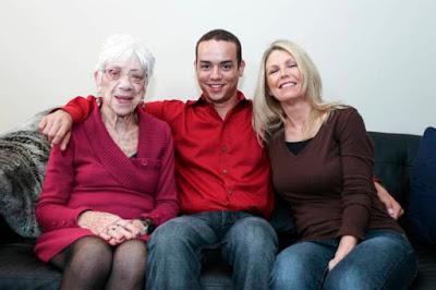 Empat Kisah Cinta Beda Usia Paling Kontroversi di Dunia