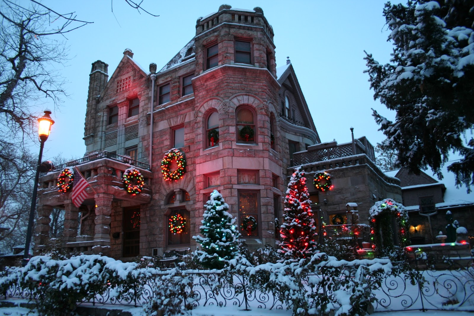 Castle Marne Bed And Breakfast Celebrate The Holidays