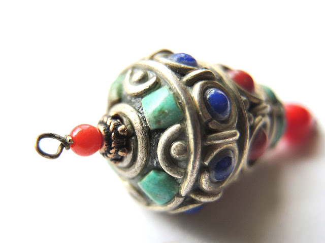 free tutorial for earrings by moois van m(i)e