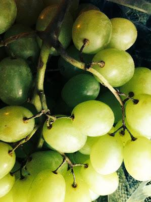 En España es tradición tomar 12 uvas con las 12 campanadas