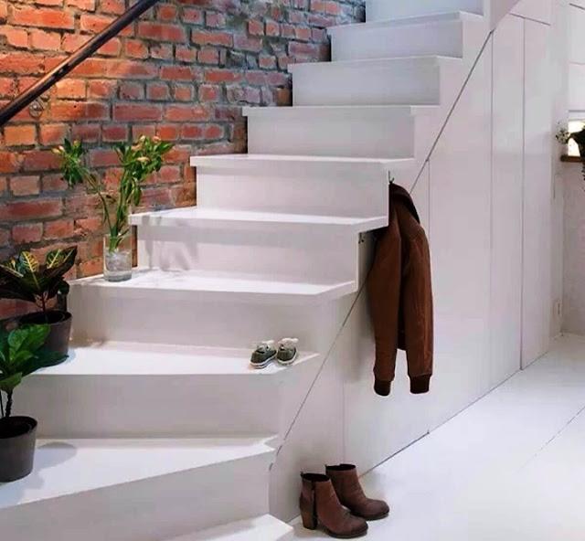 Modifikasi material dinding tangga