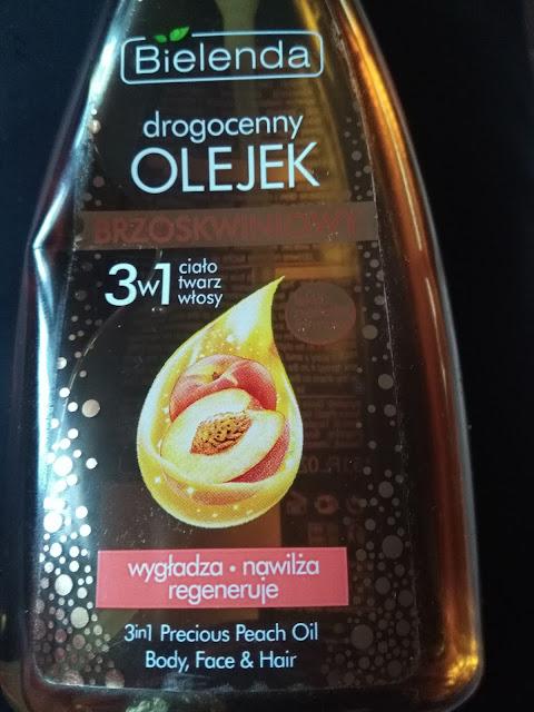 #6 Olejek brzoskwiniowy 3w1, czyli ciało, twarz i włosy