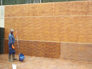 Revestimiento de paredes con hormigón impreso. Granada.