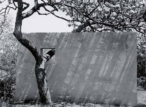 Constantino Nivola S Artist Garden C 1950