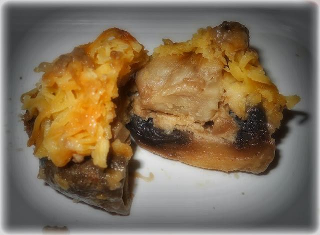 Palarie-ntr-un picior, ghici ciuperca ce-i ? | Blog de fotografie