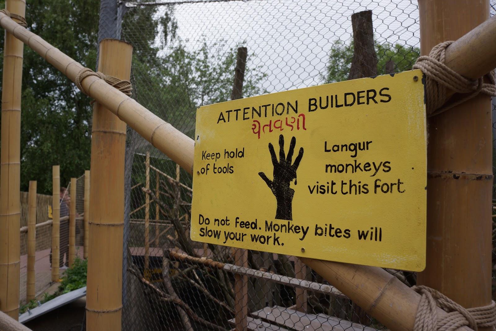 builders sign