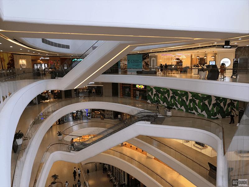 Huawei Nova 4 standard wide indoors
