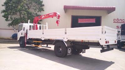Xe tải gắn cẩu FN129 8 tấn