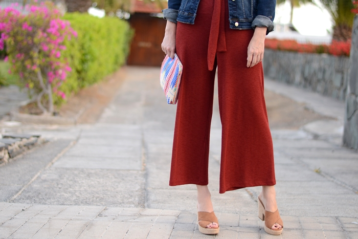 cropped-pants-culotte-and-sandals-outfit