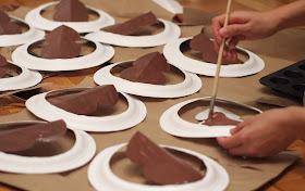 paint your DIY turkey paper plate hats