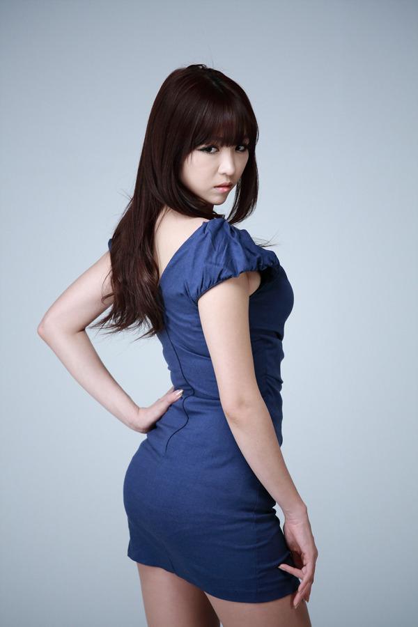 xxx nude girls: Lee Ji Min in Red