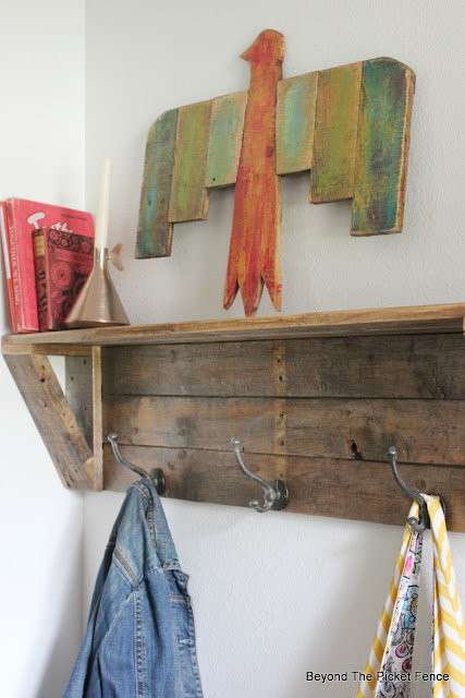 make a thunderbird or phoenix from pallet boards