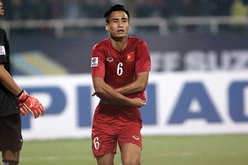 Vũ Minh Tuấn ăn mừng cho bàn thắng