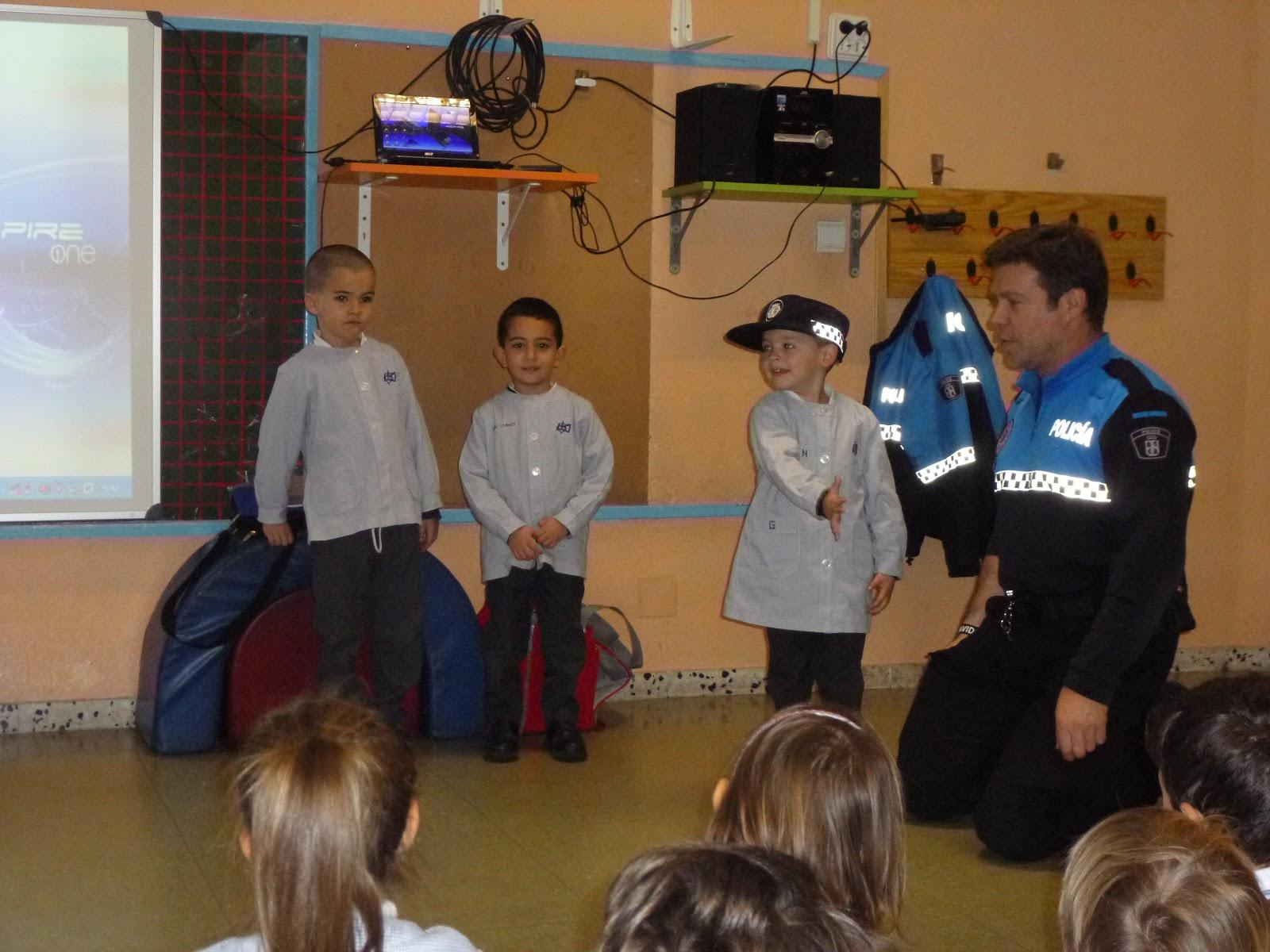 Agustinas Valladolid - 2017 - Infantil 4 - Policía Municipal 3
