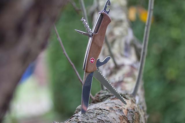 Victorinox Rangerwood-55 Taschenmesser schweizer-messer mit gravur nussbaum 04