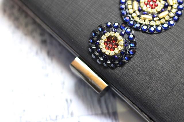 kapriva couture review, kapriva couture handbags, kapriva clutches, Swarovski Element Crystals handbag, Swarovski Element Crystals and Pearls bags, kapriva couture, kapriva couture review