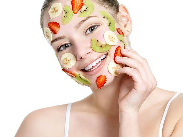 14 Masker Buah Segar untuk Wajah Cantik dan Manfaatnya