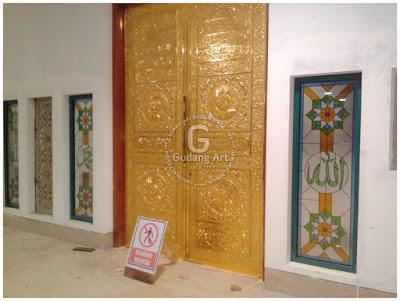 pintu ka'bah masjid raya baitul makmur kotamobagu