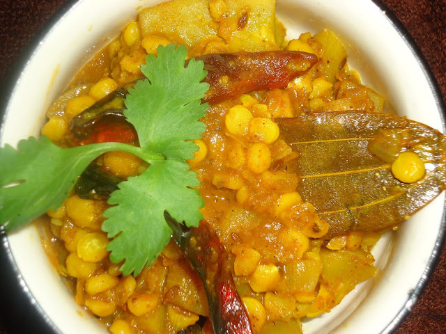 http://www.indianlazizkhana.com/2016/06/chana-dal-and-pumpkin-curry-recipes-in.html
