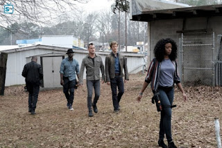 MacGyver - Hook - Review