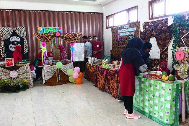 Kegiatan Bazar Mahasiswa STKIP PGRI Nganjuk tembus 80 produk kreatif