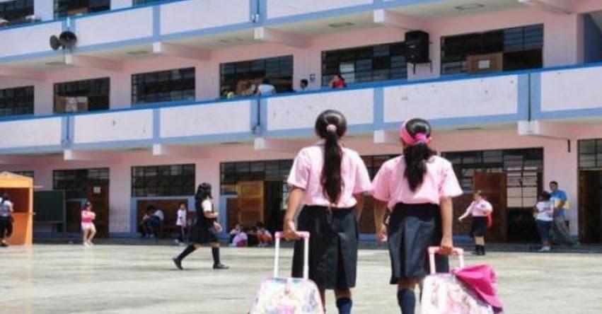 Alumnas resultaron intoxicadas después de utilizar gel fijador de cabello en colegio de Cusco
