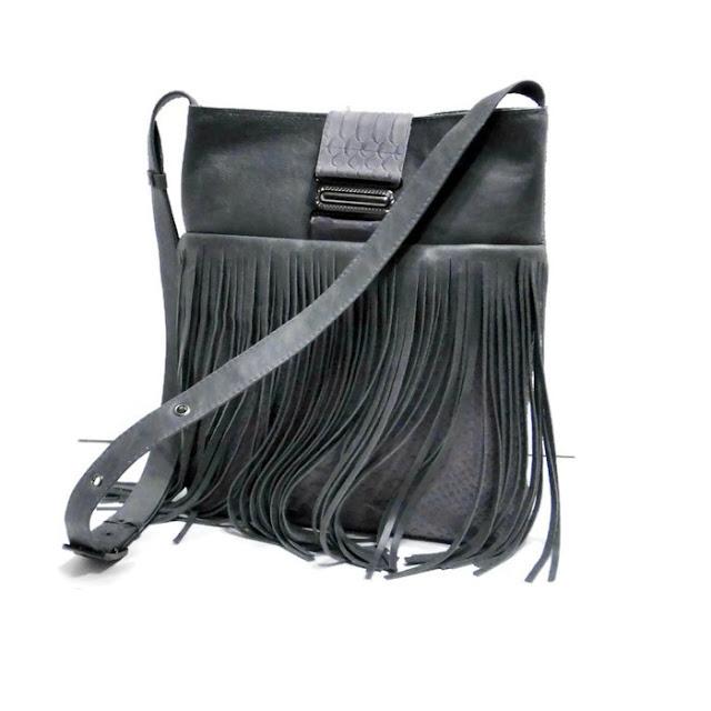 Повседневная сумка: натуральная кожа, кожаная серая сумка через плечо. Сумка из шкуры овцы, на молнии. Ручная работа, один экземпляр