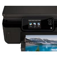 Scaricare dei driver e del software più recenti per Stampante HP Photosmart 5520 Driver Italiano Gratuito per Windows 10/8/7/XP/Vista 32 & 64 bit, Linux e Mac OS X.   Su questo sito Web, E' sufficiente scaricare ed installare questa applicazione gratuita e si è pronti a stampare foto così come ad effettuare scansioni sulla rete di casa o dell'ufficio. È anche possibile eseguire la scansione e salvare i file sul dispositivo.