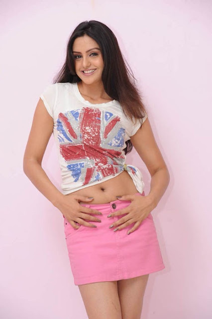 Gauri Sharma Hot