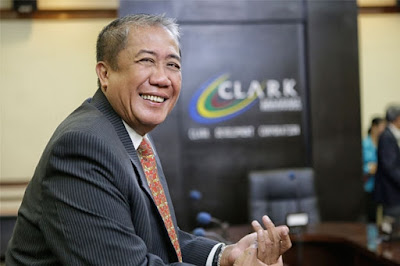 New Transportation Secretary Seeks Support of Airlines for Airport Maintenance