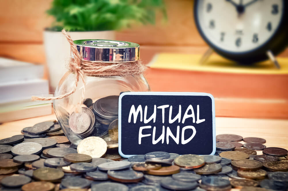 How to Make a Living Using Mutual Funds