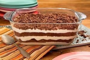 Pavê de bolo Pullman sabor chocolate
